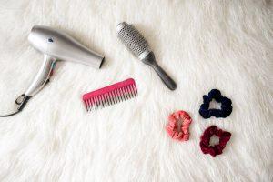 שימוש במברשות שיער